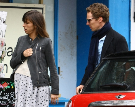 Benedict Cumberbatch and pregnant wife Sophie Hunter out and about in North London Featuring: Benedict Cumberbatch, Sophie Hunter Where: London, United Kingdom When: 20 May 2015 Credit: WENN.com